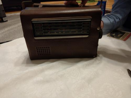 Radio z gramofonem Mrija