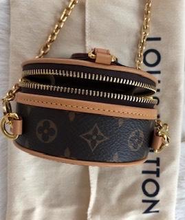 Mini torebka Micro boite chapeau Louis Vuitton